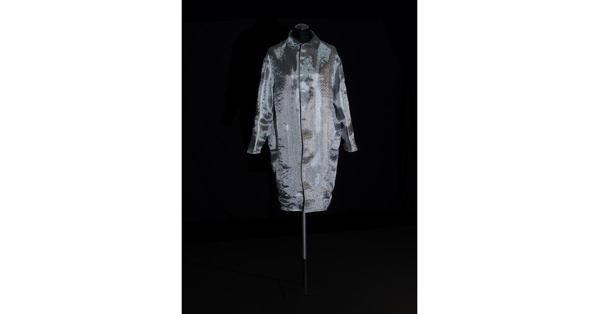 Alexandra Hopf, Tatlin´s Code, 2013, glass fiber fabric, raw canvas, courtesy the artist.
