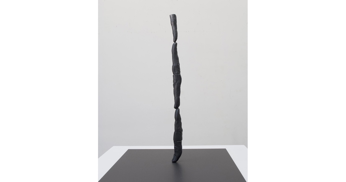 Rick Buckley, Fingers & dumb thumb #1, 2015. Bronze, 37 x 2.5cm.