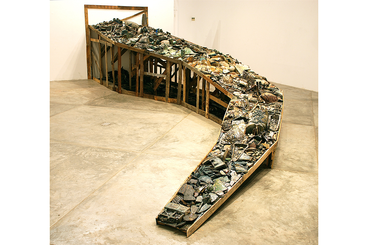 Mine, 2010, Glaze Stoneware Installation, Mine, 2010, Glaze Stoneware Installation, Dimensions Variable
