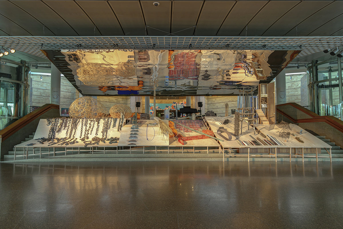 Delia And Milenko Prvacki, Construction Site 2016, Multi-media Installation On The Esplanade Concourse In Singapore.