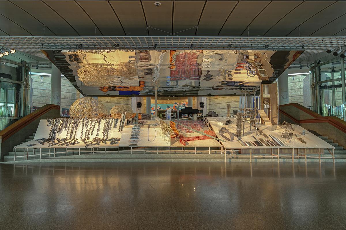 Delia and Milenko Prvacki, Construction Site 2016, multi-media installation on the Esplanade Concourse in Singapore.