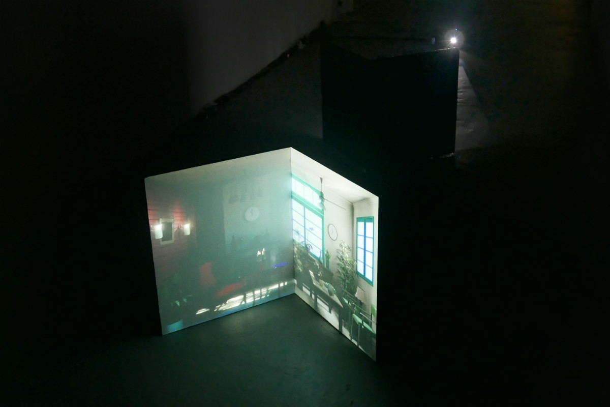 Poyen Wang, Crossing, 2018, Dimensions Vary 10 Minutes/loop, Two-Channel Digital Video Installation - Digital Video Projections (color) - Freestanding Objects, Two-Channel Digital Video Installation. Photo By Poyen Wang. Courtesy Of Poyen Wang.