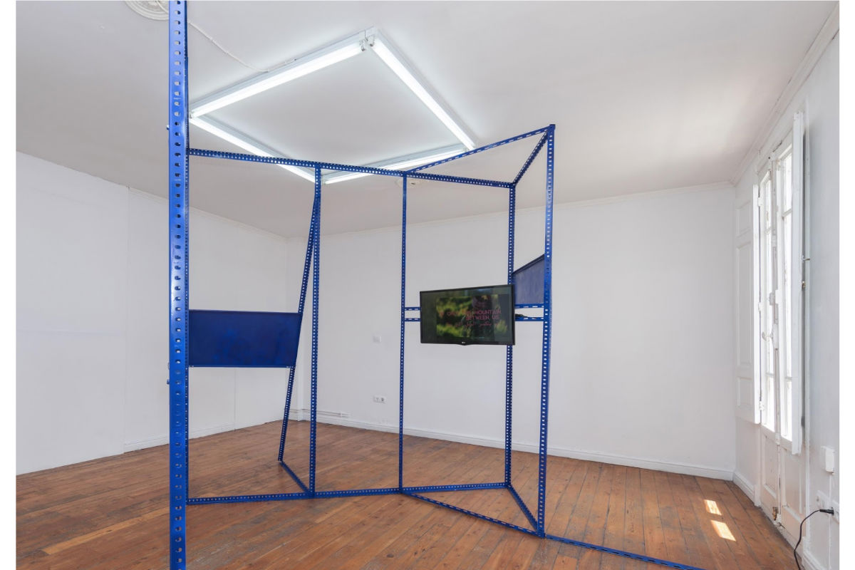 Curated by Alejandro Alonso Diaz, Into pore spaces, installation view. Photo by Santander. Courtesy of the artists and fluent.