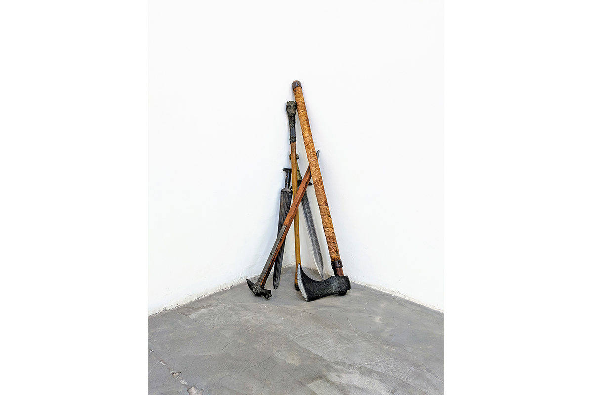 Anthony Discenza, A Partial Survey of Cinematic Warfare, 2018 – ongoing. Dimensions variable. Prop weapons used in the production of various films, including Robin Hood, Troy, Kingdom of Heaven, Your Highness, and King Arthur. Courtesy of the artist.