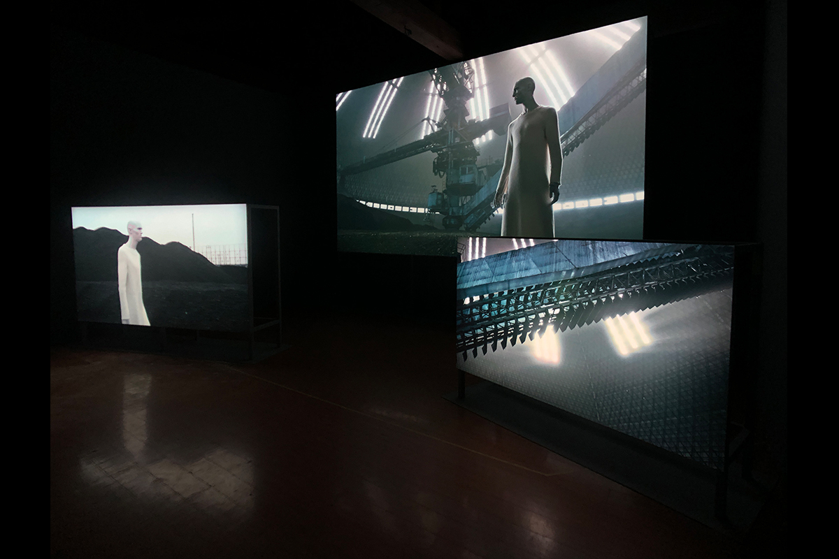 "Su Hui-Yu, Future Shock, 2019. Three channel installation. Color/sound. 19'34"". Courtesy of the artist."