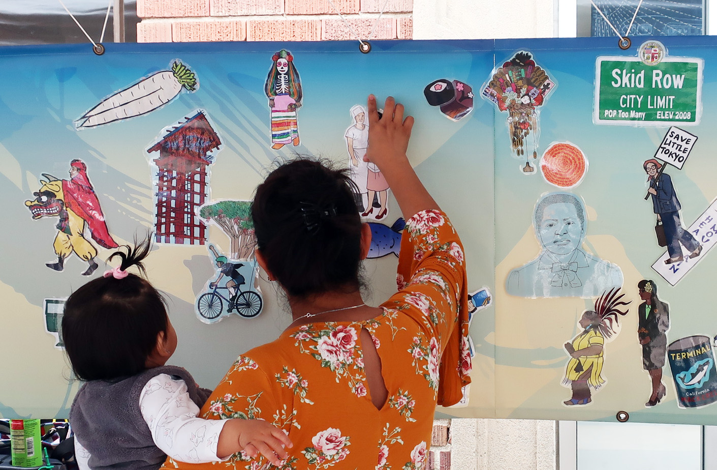 Community art workshop at Metro Regional Connector _Halfway There_ Celebration in Little Tokyo, 2018