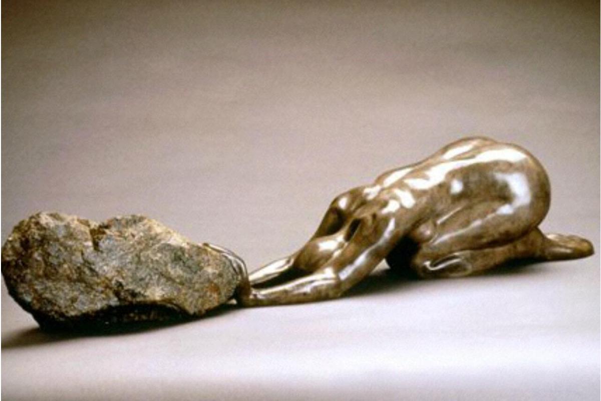 Rebecca Setareh, THE PRAYER. 7/12, 29 x 6 x 5 inches. Bronze. Courtesy of the artist.