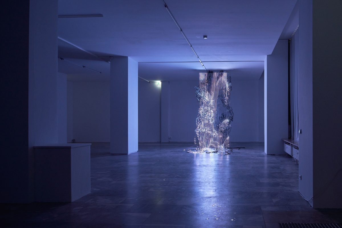 WangShui, Weak Pearl, 2019. 5 minute loop. Three-channel video, flexible LED mesh, mica flakes. Installation view at The Julia Stoschek Collection, Berlin. Courtesy of the artist.